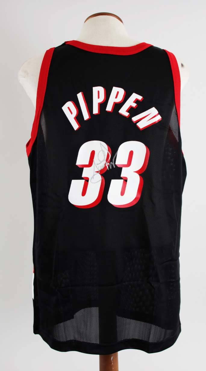 the latest 4361b 9b7de Scottie Pippen Signed Portland Trail Blazers Jersey - COA JSA