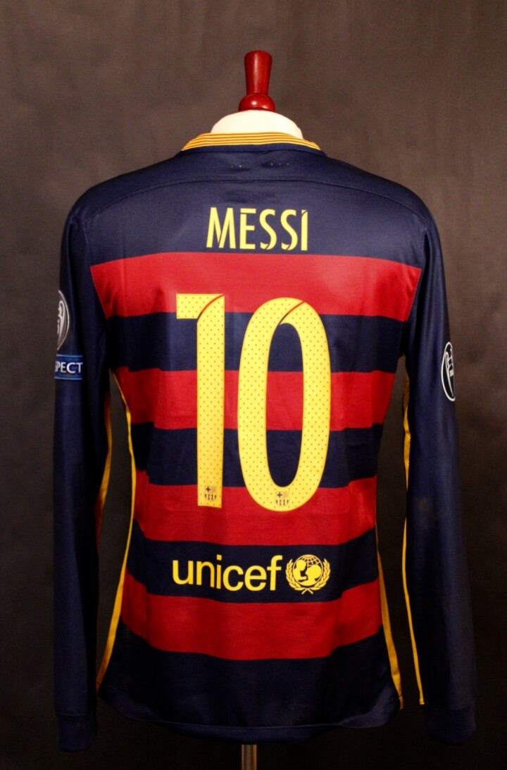 A Lionel Messi Game-Used  10 FC Barcelona Home Shirt. 11 24 2015 Barcelona  v Roma (6-1). Messi. cf18a477b
