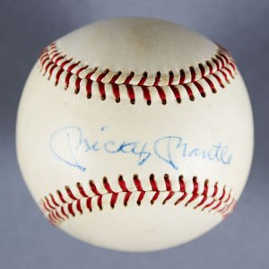 New York Yankees Rare Mickey Mantle Signed ONL (Giles) Spading Baseball