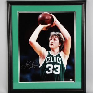 Larry Bird Signed Boston Celtics 16x20 Photo - COA