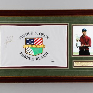 Tiger Woods Signed U.S. Open Golf Flag - COA UDA