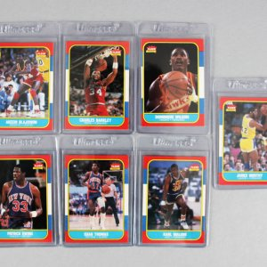 1986-87 Fleer Basketball Card Lot (7) feat. Rookies Barkley, Ewing, Malone, Olajuwon etc.