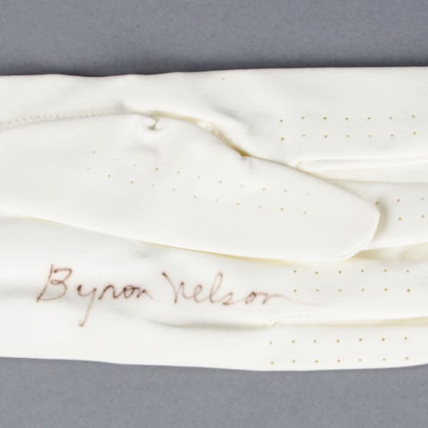 Byron Nelson Signed Golf Glove - COA PSA/DNA