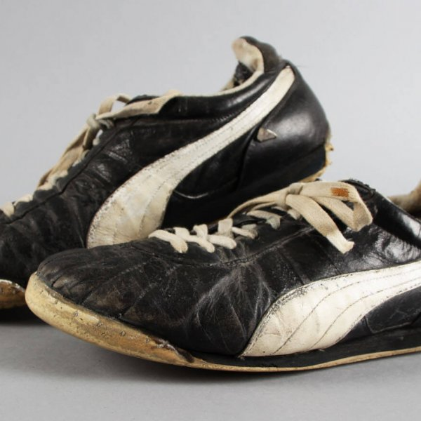 Reggie Jackson Game-Worn New York Yankees Shoes