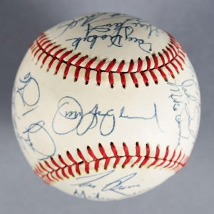 1987 Pittsburgh Pirates Team-Signed Baseball Barry Bonds Rookie Year - JSA
