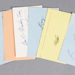 NFL Stars Lot Signed 3x5 Index Cards (7)- Barry Sanders, Joe Schmidt, etc. - JSA