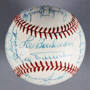 1969 Chicago Cubs Team-Signed) ONL (Giles) Baseball - Leo Durocher, Ernie Banks - JSA