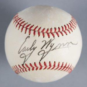 Early Wynn Cleveland Indians Signed Baseball - COA JSA