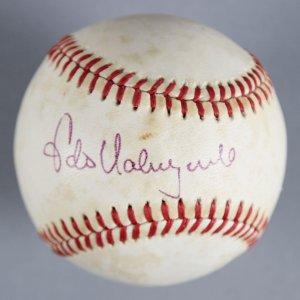 Fernando Valenzuela Los Angeles Dodgers Signed Baseball - COA JSA