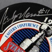 Mark Messier Signed New York Rangers Hockey Puck - COA JSA