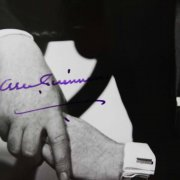 Alec Guinness Signed 8x10 BW Photo - COA JSA
