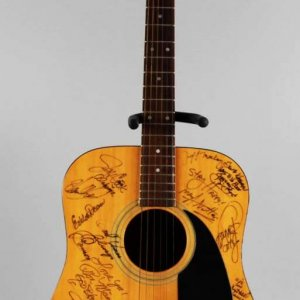 Country Singers & Celebrities Signed Acoustic Guitar 25+ Autographs Charlie Daniels etc . JSA
