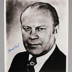 President Gerald Ford Signed 8x10 BW Photo - COA JSA