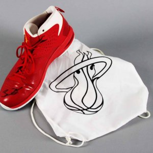 "Dwyane Wade Miami Heat Game-Worn, Signed Shoe (Inscr. ""6-5-11 @ Dallas"" - NBA Finals Game 3 vs. Mavericks) - JSA Full LOA & 100% Team"