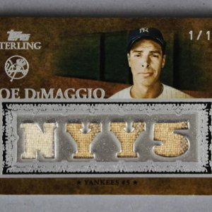 2007 Topps Sterling Joe DiMaggio Game Used Yankees Jersey Card Stardom Prime 1/1