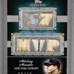 2007 Topps Sterling Mickey Mantle Game-Used Yankees Jersey Bat Card 9/10