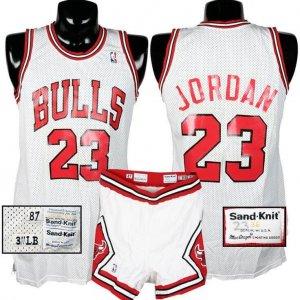 1987-88 Michael Jordan Game-Used Bulls Uniform