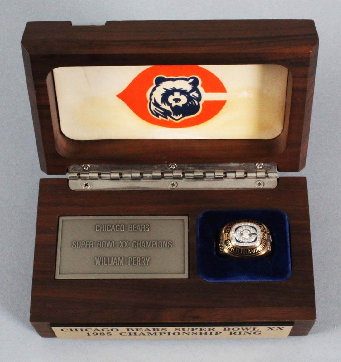 Chicago Bears Super Bowl Ring-William Perry XX Extrememly Large Salesman Sample Ring
