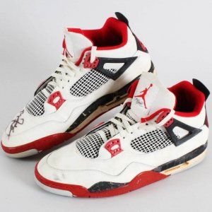 1989 Michael Jordan Chicago Bulls Air Jordan IV Sneakers