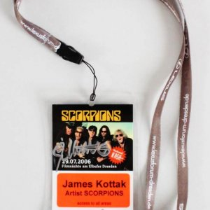James Kottak Signed Scorpions Backstage Pass 2006 Filmnach am Dresden (Movie Nights on the Dresden Banks)