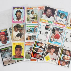 Cleveland Indians Baseball Card Lot (33) - Frank Robinson, Gaylord Perry etc.