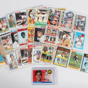 Detroit Tigers Vintage Baseball Card Lot (60) - Ty Cobb, Al Kaline, Mark Fidrych, Lance Parrish rookie etc.
