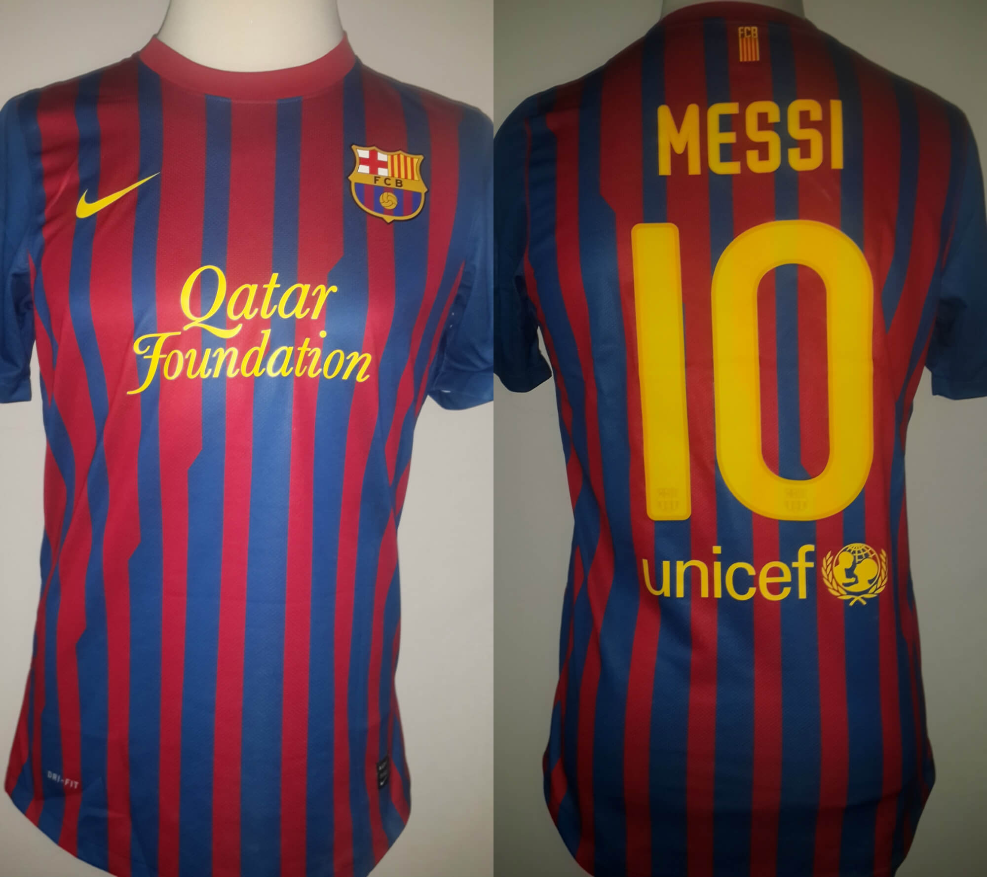 A Lionel Messi Game-Used #10 FC Barcelona Home Shirt 2011/12 Spanish La Liga with a Signed Photo