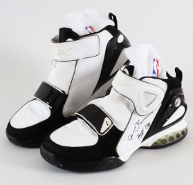 2005 Allen Iverson Game-Worn, Signed Shoes W/ Socks -Reebok The Answer IX with Pump (9) COA 100% Authentic GRADE: 13/20