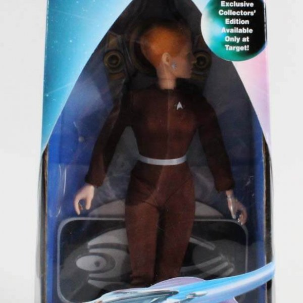 "Playmates Star Trek 9"" Target Exclusive Seven of Nine Action Figure (Factory Sealed)"