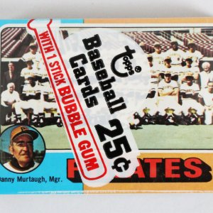 1975 Topps Mini Cello Pack w/ Stars incl. Dave Parker etc.