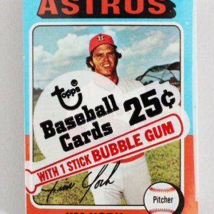 1975 Topps Mini Cello Baseball Card Pack Sealed w/ Stars incl. Jim York etc.