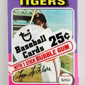 1975 Topps Mini Cello Baseball Card Pack Sealed w/ Stars incl. Ron LeFlore etc.