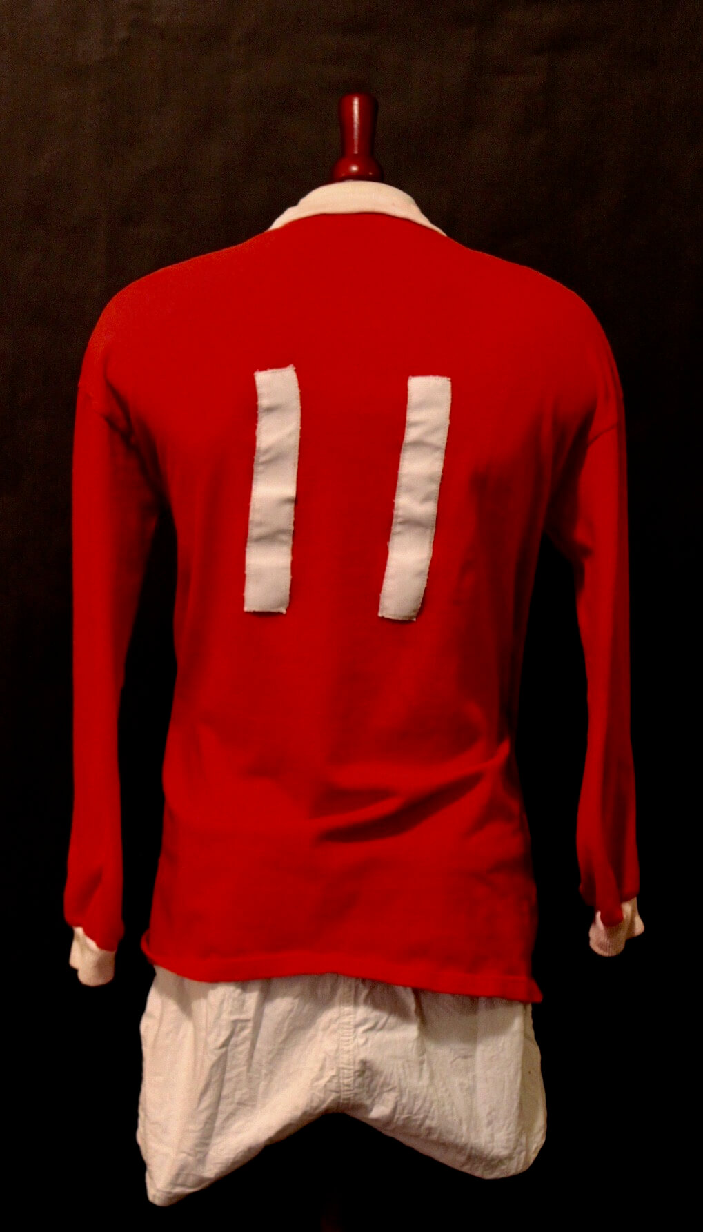 low priced 71b37 72d17 A George Best Game-Used #11 Manchester United FC Home Shirt & Shorts. Circa  1960's.