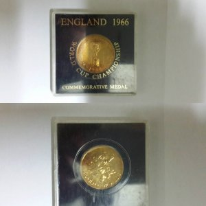 A FIFA World Cup 1966 England Championship Commemorative Gold Medal with Original Case