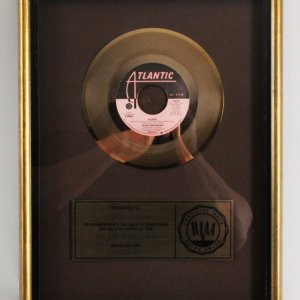 "Laura Branigan 1982 Gold Record 45 R.P.M ""Gloria"""