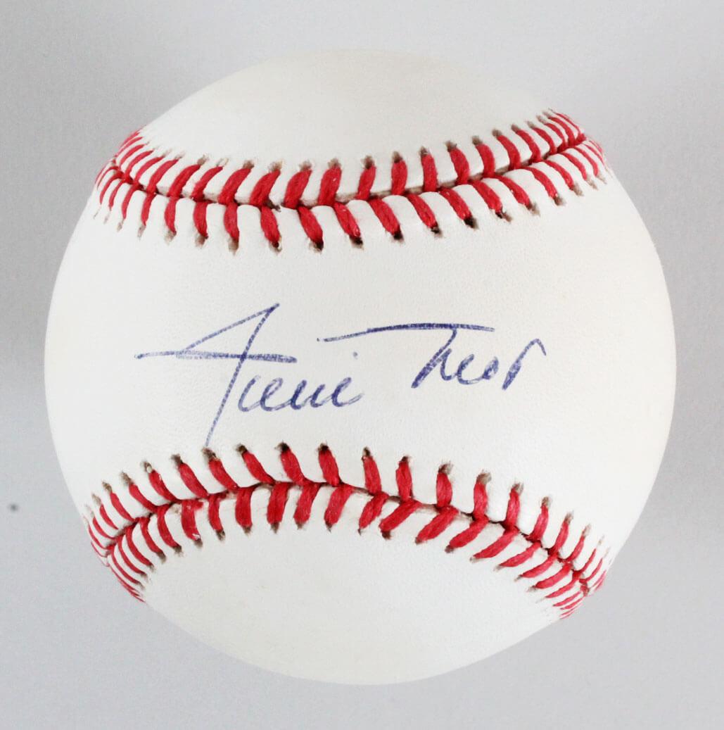 Willie Mays Signed Baseball San Francisco Giants - JSA Full LOA