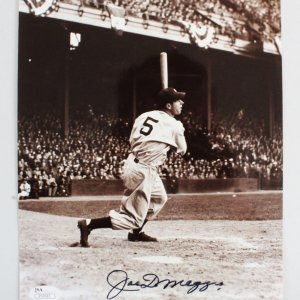 Joe DiMaggio Signed 8x10 Photo New York Yankees - JSA Full LOA