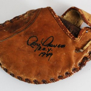 Roy Sievers Signed Glove St. Louis Browns - COA JSA
