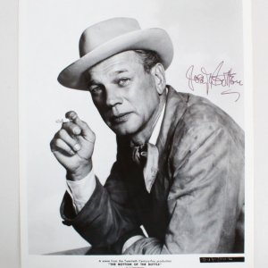 Joseph Cotten Signed 8x10 Photo - COA JSA