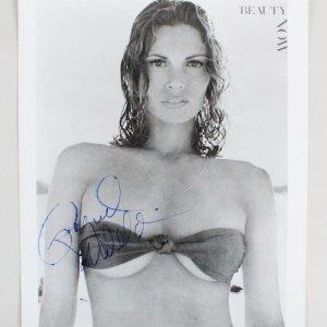 Raquel Welch Signed 8x10 Photo - COA JSA