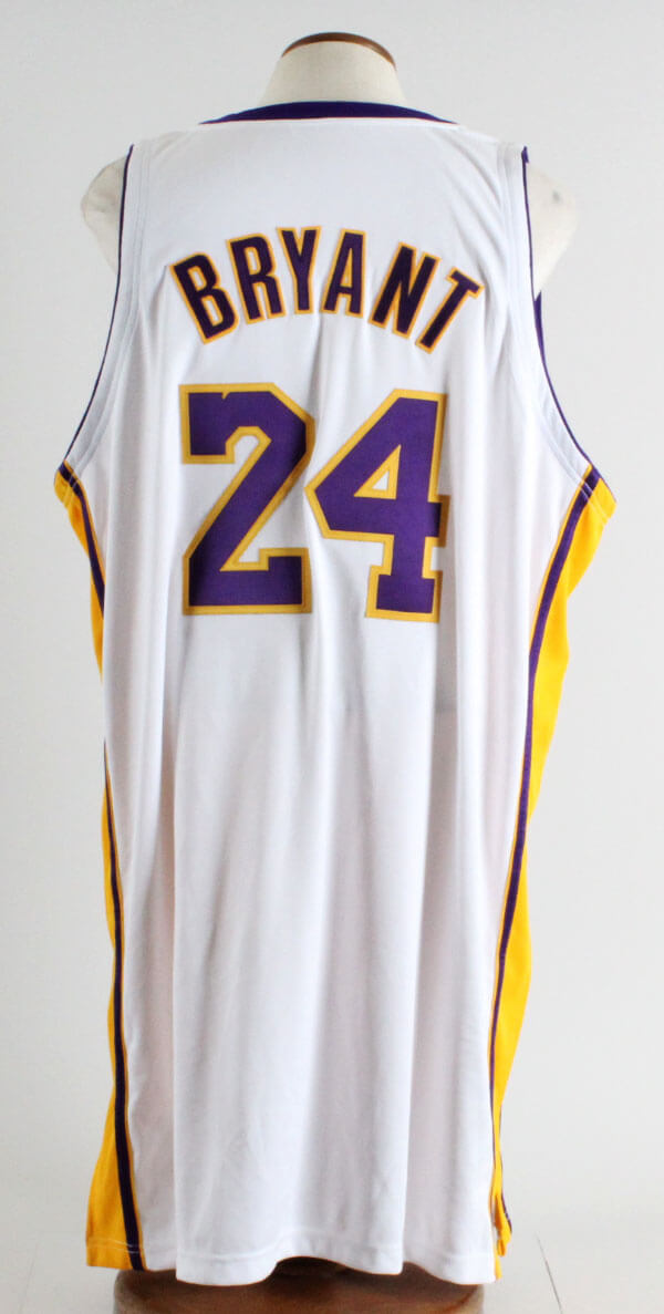 b62ed5ff3f3f 2007-08 Kobe Bryant Game-Worn Los Angeles Lakers Alternate Jersey ...