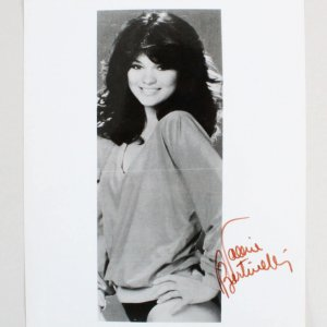 Valerie Bertinelli Signed 8x10 Photo - COA JSA