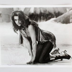 Jane Fonda Signed 8x10 Photo - COA JSA
