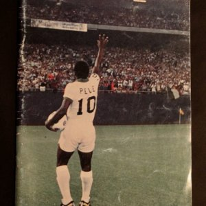 A NY Cosmos Official Pele Farewell Programme. October 1, 1977 Cosmos v Santos. Pele's Final Game.