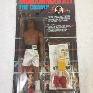 Muhammad Ali Signed The Champ Mego 1976 Figurine in Original Box PSA/DNA