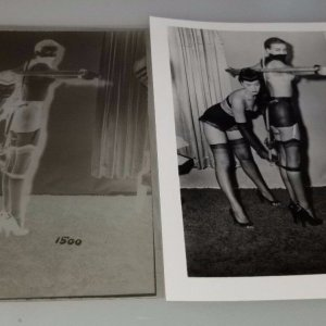 BETTIE PAGE ORIGINAL 4 X 5 NEGATIVE &  PHOTO FROM IRVING KLAW ARCHIVES  #N805
