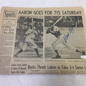 Hank Aaron Signed Home Run Record April 5th 1974 Original Newspaper JSA