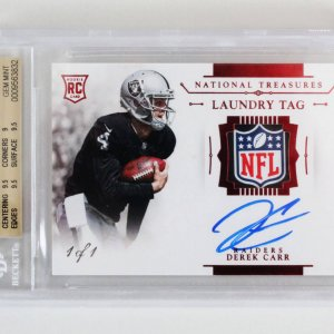 2014 National Treasures Derek Carr Signed Graded RC Card 1/1 Laundry Tag - BGS 9.5/10