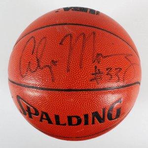 Alonzo Mourning Signed Basketball - COA JSA