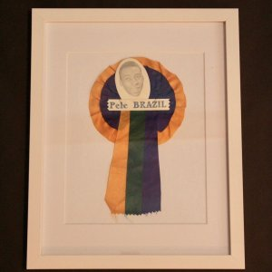 An Original Pele Player Rosette.  Santos FC v Fulham 03/12/1973.  Pele's 1st Match in London.